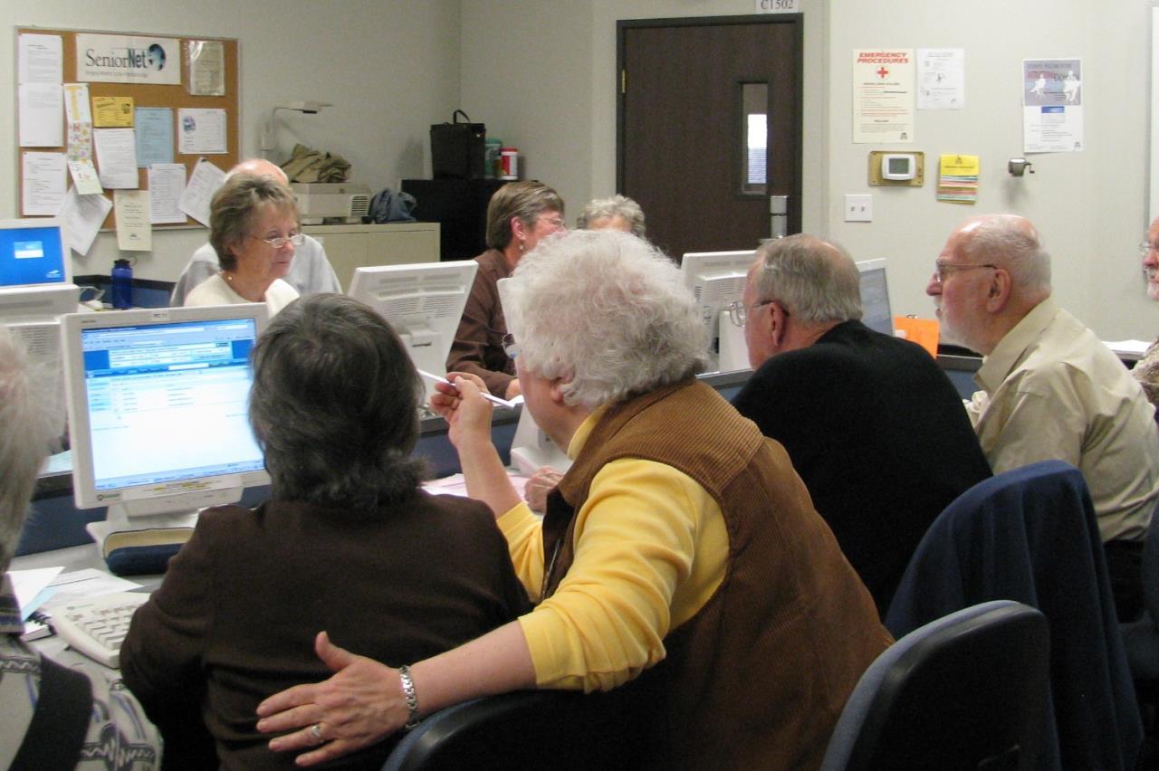 Senior Computer Tech Center one-on-one