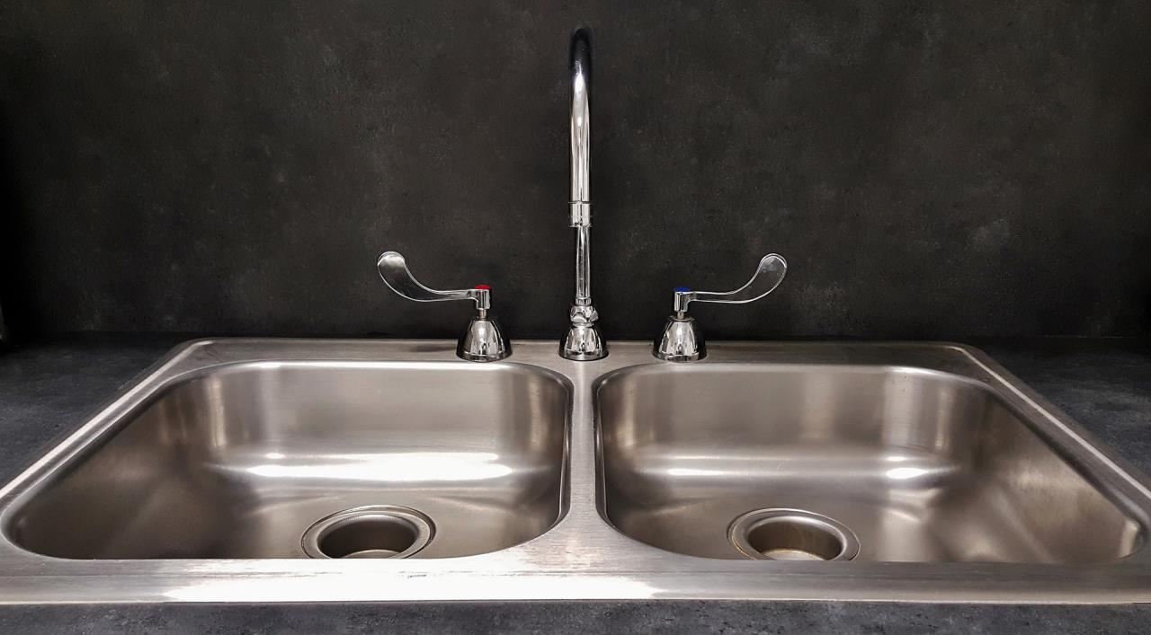 Double Chambered Kitchen Sink