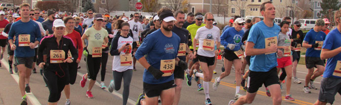 turkey trot race runners men