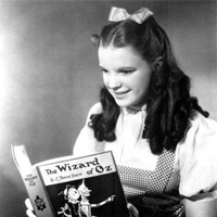 Liza Minelli read The Wizard of Oz.